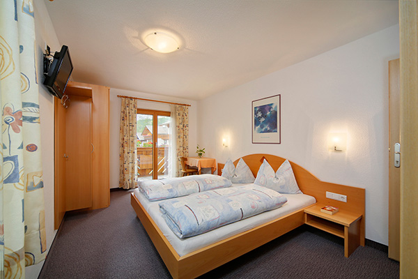 Pension Wiesental in Pfelders Doppelbettzimmer